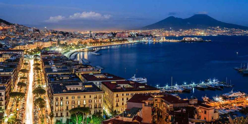What A Student Life In Napoli Is Like Italy Medical Schools